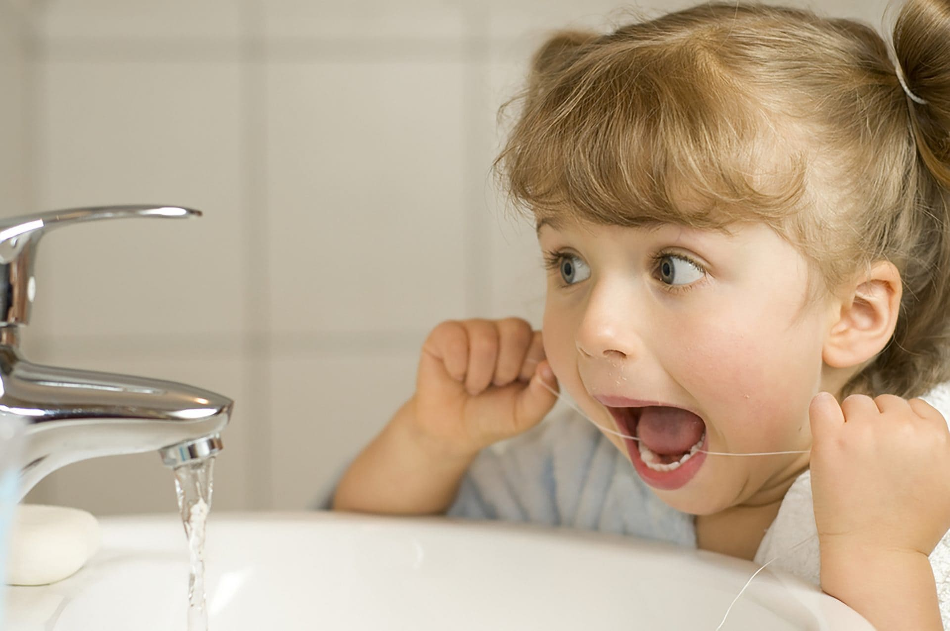 what parents need to know about kids losing teeth